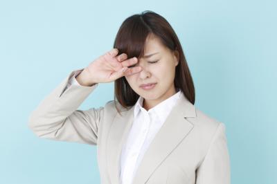 【調査】新生活のコンタクトデビューで「目の悩みが多い」が5割以上!