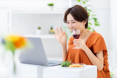 """""""学べるオンライン飲み会""""アプリ「スタフレ」 リリース"""