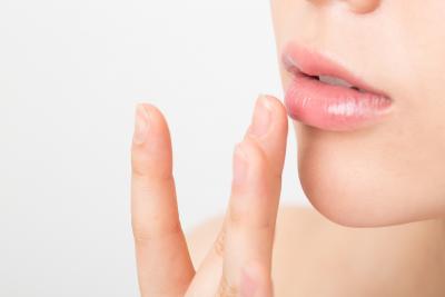 疲れてそう、幸薄そうだと思う…「荒れた唇」に多くの男性がネガティブな印象を持つことが明らかに